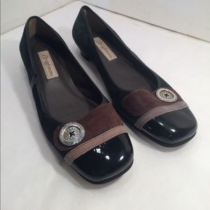 Adorable Brighton flat shoes.